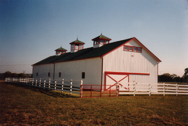B.L. Radden & Son, Inc. considers our skilled barn painters to be some of the best in the Horse Capital of The World.